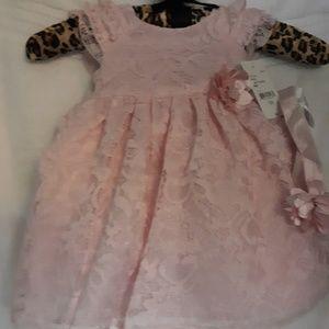 Other - NWT Beautiful lil girls dress
